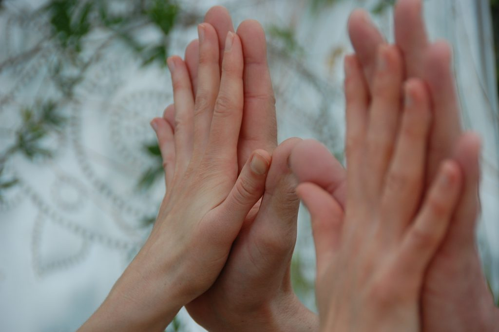 Hände pilateslab Shiatsu